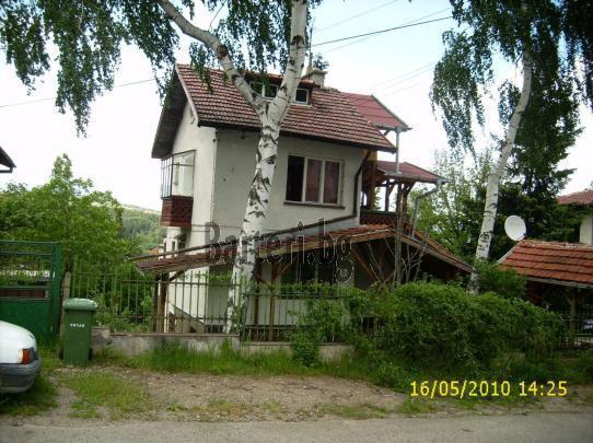 продава-заменя къща, кв.Княжево, 170кв.м., 1