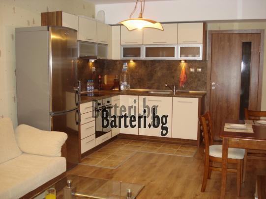 Заменям четиристаен апартамент във Варна 1