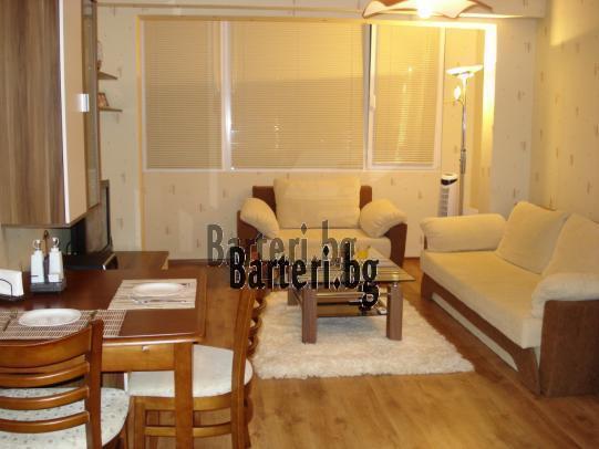 Заменям четиристаен апартамент във Варна 2