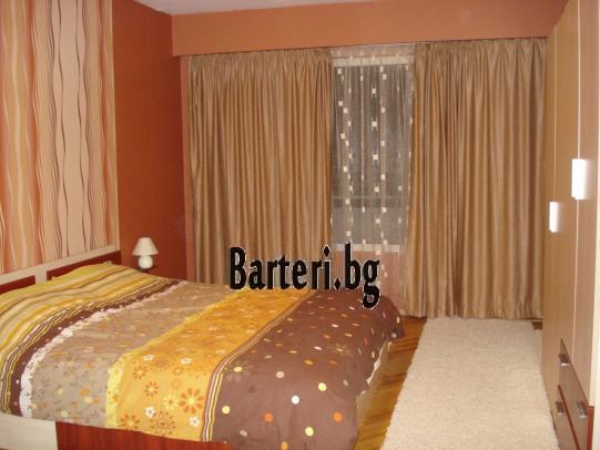 Заменям четиристаен апартамент във Варна 3