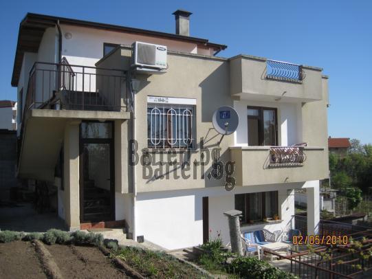 Къща в м.  Ален мак- Варна 1