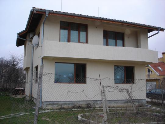 Kъща до Варна 1