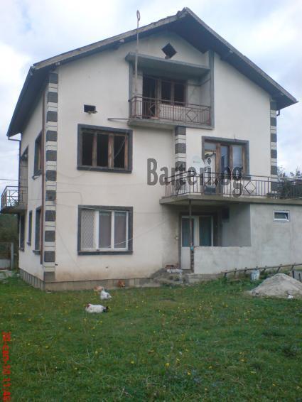 Къща в Ботевград за коли или джип 3