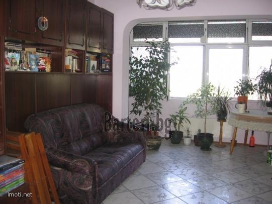 Заменям 4-стаен във Варна, за 4 или 3-стаен в София 3