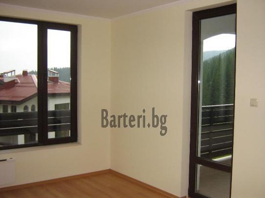 Заменям 2 апартамента ( на море и планина) за апартамент в София 3