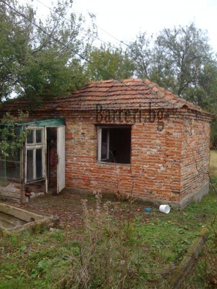 Къща с двор в село Равна гора, община Созопол, обл. Бургас 2