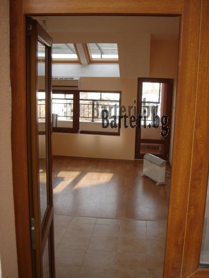 Заменям нов двустаен апартамент в Пловдив - център 1