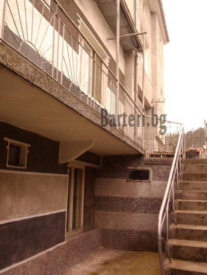 Двуетажна къща във Варна 4