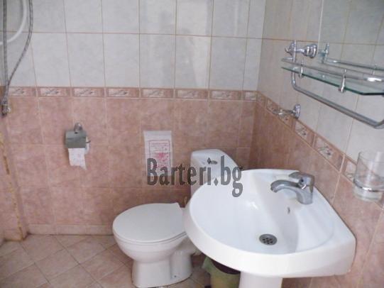 В идеален център на Сл.бряг,заменям апартамент за жилище в Пловдив 3