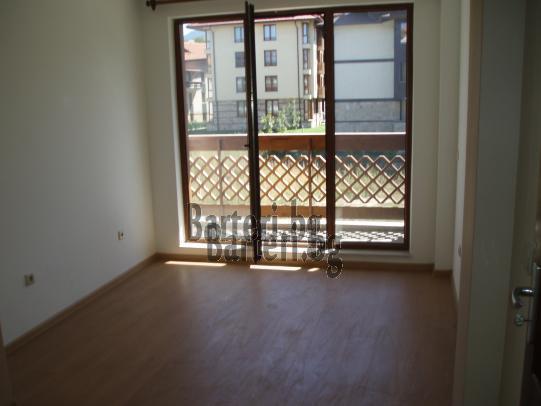 Четиристаен апартамент в Банско 2
