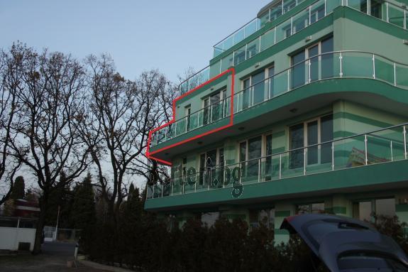 2 стаен апартамент на 1 ва линия море в Поморие 3