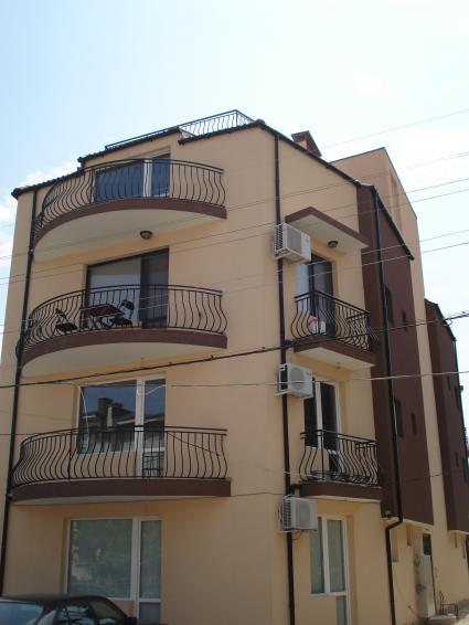 Двустаен слънчев апартамент 1
