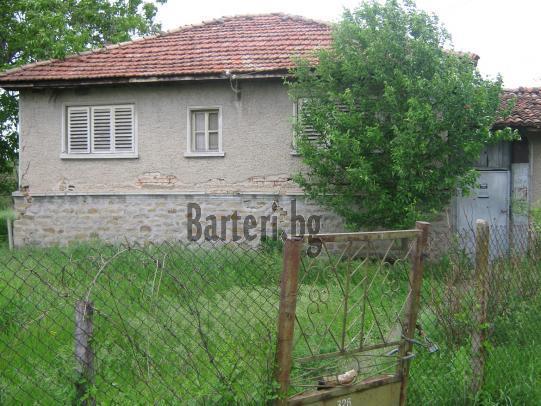 къща в село Плаково 1
