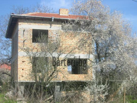 къща до Варна 3